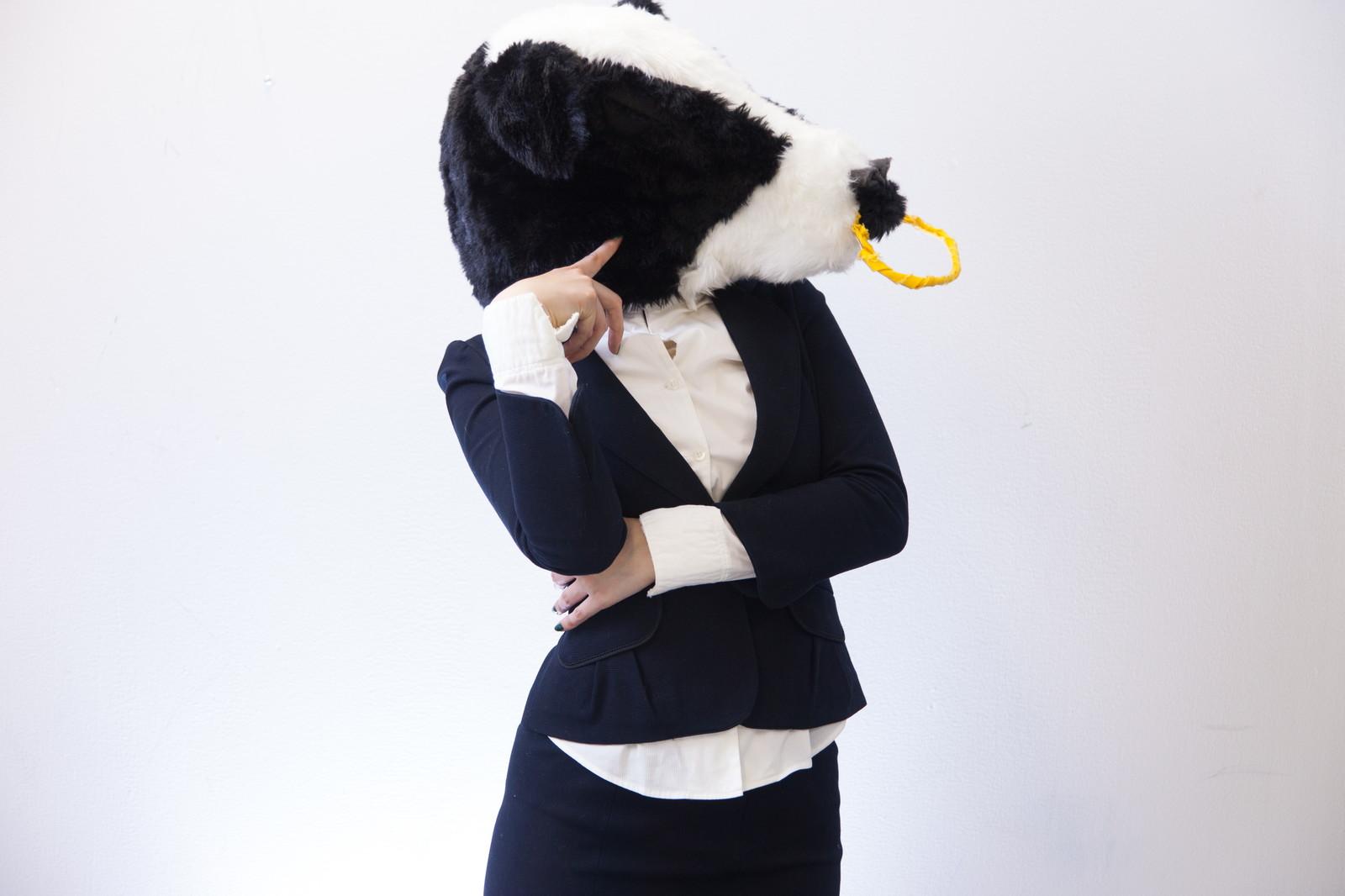 考える牛さん